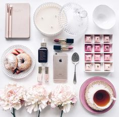 Flatlay                                                                                                                                                     More