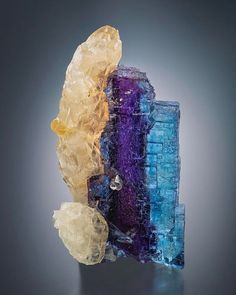 Fluorite with Calcite - Minerva no.1 Mine, Ozark-Mahoning group, Cave-in-Rock, Cave-in-Rock Sub-District, Hardin Co., Illinois, USA