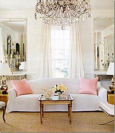 So Pretty, luv the chandelier