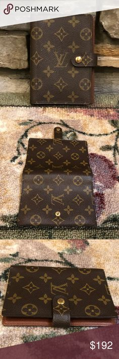 LOUIS VUITTON AGENDA 100% Authentic Louis Vuitton Agenda PM (small) Monogram Canvas  3 Card slots  Made in France  Date Code SP 0012 Very Good Condition  No Damage  Size L 4 x 5-1/3 inches  Clean  No odor  Smoke and pet free environment Louis Vuitton Bags Wallets