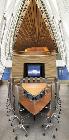 Who wishes their conference room at work was like this?! #mindblowing #amazing