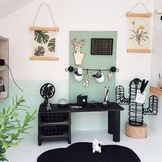 Hier vind je de meest mooie, hippe en modernste poppenhuis inspiratie voor jouw DIY project. Modern Dollhouse   Miniature   Project Poppenhuis - Mini-tipi..