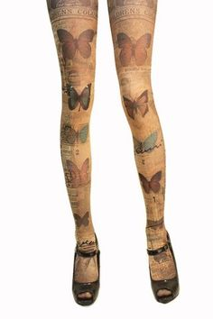 Lurve these tights! The website is in Japanese, but I think that I want about five or eight pairs of the different Verum by Grimoire tights.: