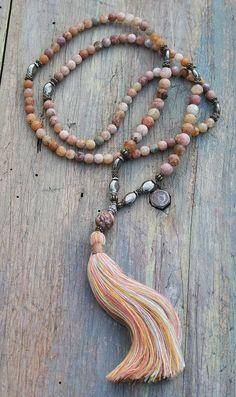 Collier de mala pierre gemme belle agate givré