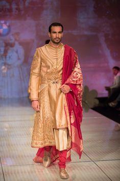 Tarun Tahiliani sherwani for India Bridal Fashion Week 2014