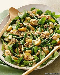 Easter Side Dishes // Arugula, Potato, and Green Bean Salad Creamy Walnut Dressing Recipe Green Bean Salads, Green Beans, Great Recipes, Dinner Recipes, Appetizer Recipes, Summer Side Dishes, Cooking Recipes, Healthy Recipes, Vegetarian Recipes