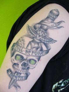 Kill before death Port Royal Tattoo Friedrichshafen http://www.portroyal.de/tattoos/