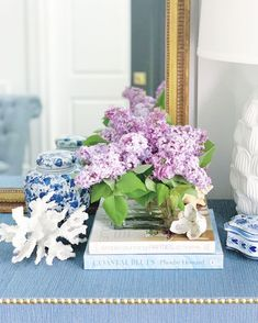 Locust Valley Ny, Spring In New York, White Home Decor, Stay At Home, White Houses, Fresh Flowers, Beautiful Homes, Blues, Decorative Boxes