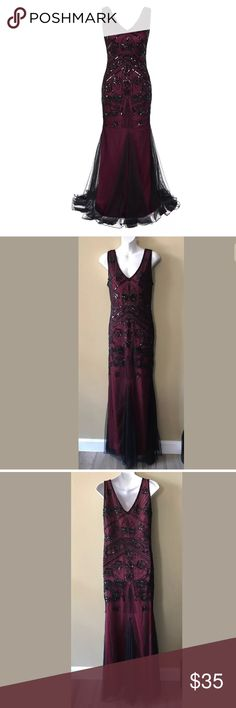 """Kayamiya Red Black Beaded gatsby Dress XL Vintage 1920s style dress,handmade with high quality sequins and beads.  Floor length,the back has the same gorgeous pattern with the front  Roaring 20s Long Prom Gatsby Dress,perfect for Evening Party,Wedding Cocktail, Homecoming, Prom or any formal occasion.  Chest across 20.25""""  Waist across 17.5""""  Hips across 21""""  Length 65""""  Excellent condition ! Only worn once for a few hours no noted flaws except for brand and size tag was removed - it itched…"""