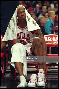 Nba Bulls, Bulls Team, Chicago Bulls, Nba Players, Basketball Players, Denis Rodman, Michael Jordan Photos, Kevin Garnett, Freaky Relationship Goals