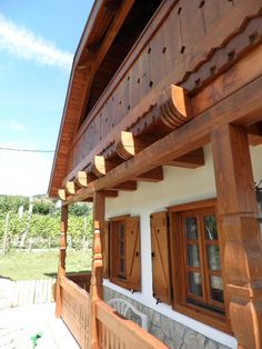 tornác Fence, Pergola, Sweet Home, Construction, House Design, Outdoor Structures, Cabin, Traditional, Architecture