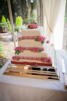 #rodbastonhall #weddingcakes #Staffordshire #weddingvenue