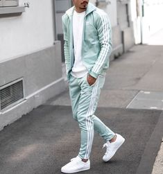 Adidas outfit in turquoise vibes shop my look via zalando man get the look zalando Check out my story or Urban Outfits, Mode Outfits, Sport Outfits, Stylish Mens Outfits, Casual Outfits, Men Casual, Easy Outfits, Smart Casual, Mode Streetwear