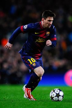 Lionel Messi is one of just four players (Mario Gomez, Filippo Inzaghi, and yes, Michael Owen!) to have scored three hat-tricks in the Champions League. He's the only player to score two hat-tricks in one season Lionel Messi Barcelona, Fc Barcelona, Psg, Real Madrid, Philipp Lahm, Argentina National Team, Leonel Messi, Messi 10, Soccer Skills