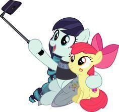 Selfie with Applebloom by jhayarr23