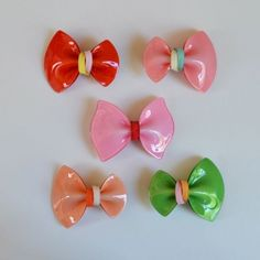 colorful plastic bow clip from hello shiso