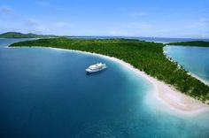 Fiji-Inseln: Insel-Kreuzfahrt durch die Südsee  (rf) Urlauber können die Fiji-Inseln auch vom Wasser aus entdecken. Blue Lagoon Cruises bietet Kreuzfahrten durch diesen Teil der Südsee an. Die Insel-Hopping-Touren auf der MV Fiji Princess dauern...   Link: http://www.reisefernsehen.com/reise-news/reise-news-kreuzfahrten/fiji-inseln-insel-kreuzfahrt-durch-die-suedsee.php