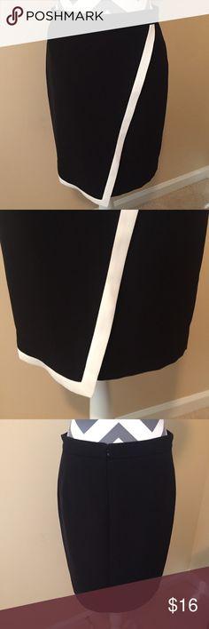 J. Crew Skirt J. Crew. Black with white detail. Size 4. J. Crew Skirts