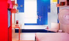 This room is divided into three areas distinguished by different colors and materials: an invigorating red sleeping area, a cool white, lounge area with a light wood finish and a refreshing blue bathroom with a resin floor. To Book a Monospace Room: https://ns.hibookings.fr/home/?lng=english  #Hotel #Design