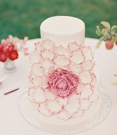 Photographer: Feather and Stone; To see more chic wedding cake ideas: http://www.modwedding.com/2014/11/27/make-statement-chic-wedding-cakes/ #wedding #weddings #wedding_cake
