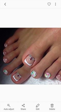 Pedicure Designs With Rhinestones Gems 67 Trendy Ideas Purple Toe Nails, Purple Nail Art, Pretty Toe Nails, Summer Toe Nails, Gem Nails, Gorgeous Nails, Hair And Nails, Foot Pedicure, French Pedicure