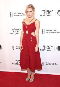 Sienna Miller Wears Christopher Kane to 'High-Rise' Premiere-Wmag