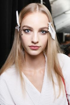Backstage at Tommy Hilfiger Spring 2015 - Slideshow - Runway, Fashion Week, Fashion Shows, Reviews and Fashion Images - WWD.com