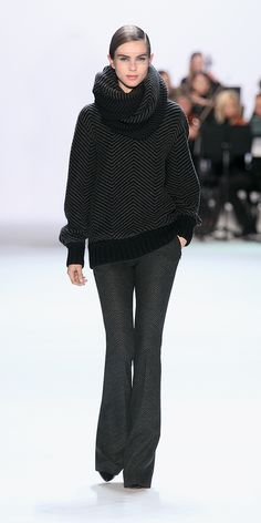 Akris Runway FW2013 | Akris. Another gorgeous chunky sweater!!