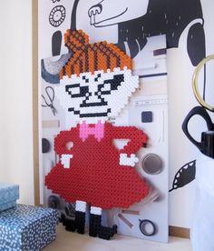 Lille my i Hama perler . Hama Beads Patterns, Beading Patterns, Perler Beads, Pixel Art, Activities For Kids, Cross Stitch, Crochet Hats, Diy Crafts, Creative