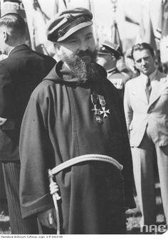 Ojciec Kosma Lenczowski, kapelan legionowy, kapucyn - fotografia sytuacyjna.