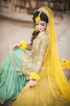 bridal mehndi dress by Atif naaz Pakistani Mehndi Dress, Bridal Mehndi Dresses, Bridal Dress Design, Pakistani Wedding Dresses, Pakistani Dress Design, Bridal Lehenga, Mehendi, Indian Dresses, Indian Outfits