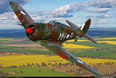Commonwealth CA-13 Boomerang : En raison de l'avancée de l'armée japonaise, la Royal Australian Air Force, décida la construction d'un chasseur... La mise au point du chasseur fut la plus rapide jamais effectuée. ... Il n'y eut jamais de prototype; le premier contrat, CA- 12 ou Boomerang Mk I, portait sur 105 exemplaires et le suivant, CA-13 Boomerang Mk II, sur 95 : ces derniers reçurent quelques améliorations mineures suggérées par l'expérience des premières missions. avionslegendaires.net