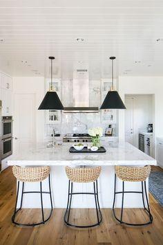 Marvelous 65+ Amazing Small Modern Kitchen Design Ideas https://decoor.net/65-amazing-small-modern-kitchen-design-ideas-843/