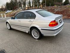 This 2003 BMW 3 Series is in stock and for sale in Murrysville, PA. View photos and learn more about this 2003 BMW 3 Series on Edmunds. Sun Roof, Keyless Entry, Bmw 3 Series, Automatic Transmission, Driving Test, View Photos, Cars For Sale, Cars For Sell