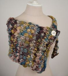 hand spun thick and thin wool capelet knitting pattern by phydeaux designs