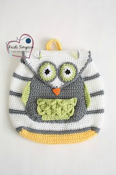 Your little one will certainly have the cutest back pack in her class! The triangle button adds the perfect touch to this little owl.