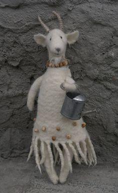 Felted goat from fadeeva.com. So darn cute!