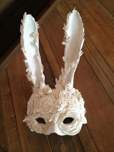 Japanese Fox Hand-painted Cosplay Mask - New ideas Halloween Decorations, Halloween Party, Halloween Coffin, Halloween Ideas, Creepy Halloween, Outdoor Halloween, Halloween Garage, Halloween Lighting, Halloween Crafts