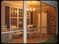 Screened in porch-