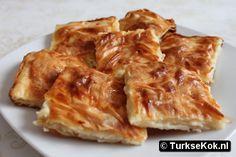 Su boregi / su borek ♥ full dutch recipe on www. Dutch Recipes, Turkish Recipes, Greek Recipes, Quiches, Easy Cooking, Cooking Recipes, Worst Cooks, Middle East Food, Good Food