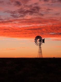 Karoo sunset -- South Africa -- reminds me of the Texas Panhandle Beautiful Sunset, Beautiful World, Old Windmills, Wind Of Change, Out Of Africa, Le Moulin, What A Wonderful World, Wonders Of The World, Continents