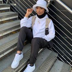 Modest Fashion Hijab, Street Hijab Fashion, Modesty Fashion, Muslim Fashion, Modest Outfits, Hajib Fashion, Winter Fashion Outfits, Hijab Fashion Inspiration, Indie Outfits