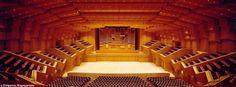 15/10 - Εθνική Συμφωνική Ορχήστρα της ΝΕΡΙΤ Athens, Comedy, Stairs, Xmas, Cabin, House Styles, Crete, Home Decor, Kid