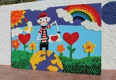 Bottle Top Art, Bottle Top Crafts, Bottle Cap Projects, Plastic Bottle Crafts, Plastic Art, Art For Kids, Crafts For Kids, Recycled Art Projects, School Murals
