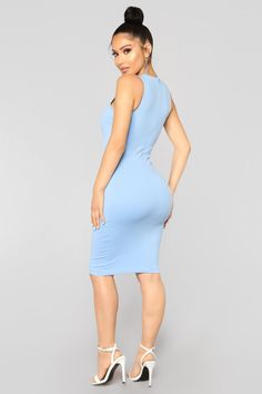 Available In Light Blue, White And Hunter Green Basic Dress Sleeveless Crew Neck Body Sculpting Zipper Closure Midi Length Viscose Nylon Spandex Made In USA Blue Fashion, Star Fashion, Girl Fashion, Fashion Ideas, Sexy Outfits, Sexy Dresses, Stylish Outfits, Short Dresses, Dress Clothes For Women