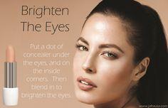 How To Brighten Your Eyes Using Concealer. - De venta en: Tiendita De Belleza Laguna - https://www.facebook.com/TienditadeBellezaLaguna/