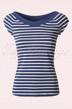 The50s Sarah Breton Top in Stripe Nuitby King Louie is a super cute sailor top.All aboard! This navy blue/cream striped cutie features a beautiful wide round neckline and playful short sleeves. Made from a comfy soft stretchy organic cotton blend for a beautiful fit. Pair with jeans for a casual look or match with one of our sassy skirts for a sexy twist, oh la la!