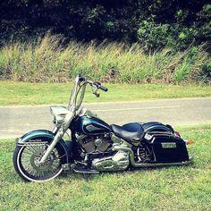 "Follow & Tag ""HD Tourers and Baggers"" on Instagram Facebook Twitter & across the Web. ===================== #hdtourersandbaggers  ===================== Credit to @maccdaddy65 ===================== #instamotogallery #instamoto #motorcycles #harleydavidson #roadkingclassic #roadking #roadglide #streetglide #softail #showoffmyharley #harleysofinstagram #harleylife #bikelife #bikersofinstagra #bikestagram  #harleyrider #harleyriders #customharley #throttlezone #harleydavidsonnation…"