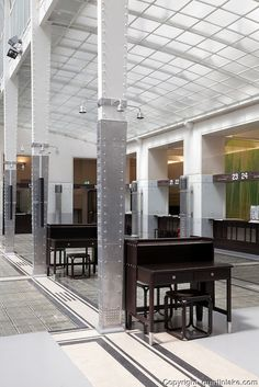 Postsparkasse(1904-1912) 2, Georg Coch Platz Vienne. Immeuble de la Caisse d'Epargne de Vienne. Architecte : Otto Wagner Détail de l'intérieur.