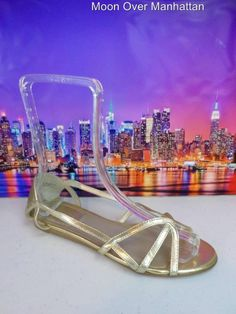 Womens shoes APOSTROPHE Jayne gold leather strappy flat dress sandals sz 7.5 M #Apostrophe #Strappy